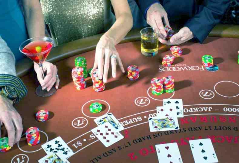 poker rooms online